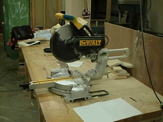 SlidingCompound Power Miter Saw